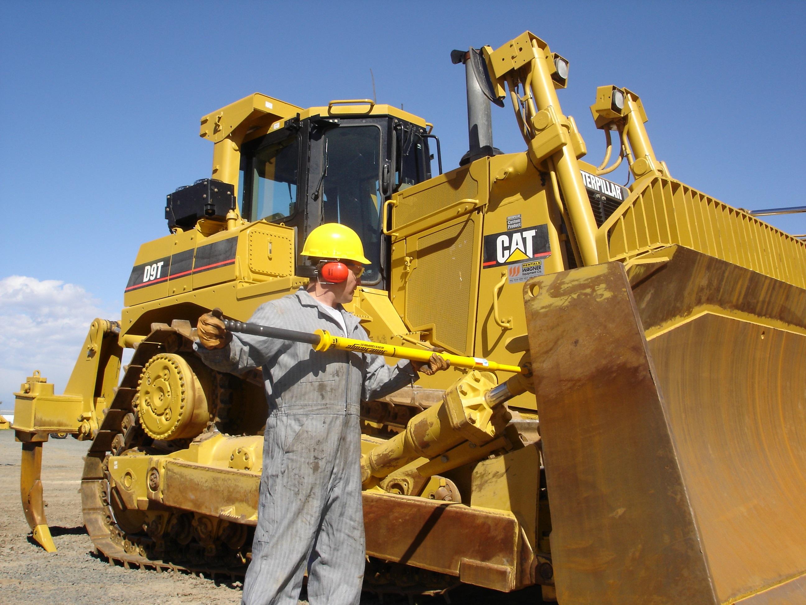Heavy Equipment Maintenance : Gallery